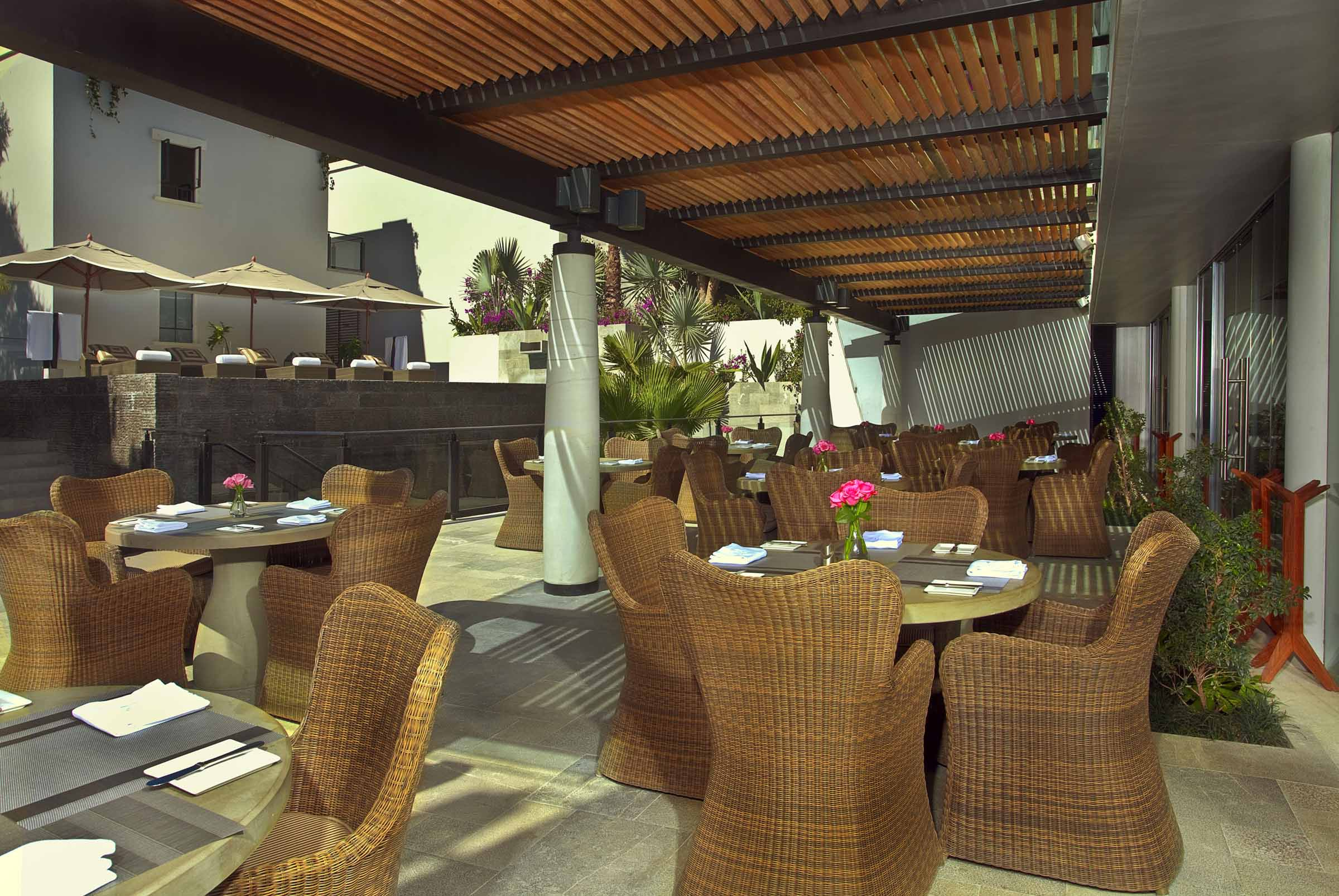 Backyard Porch Restaurant : Restaurant+Patio+Party Restaurant Patio Party httpwwwpic2flycom